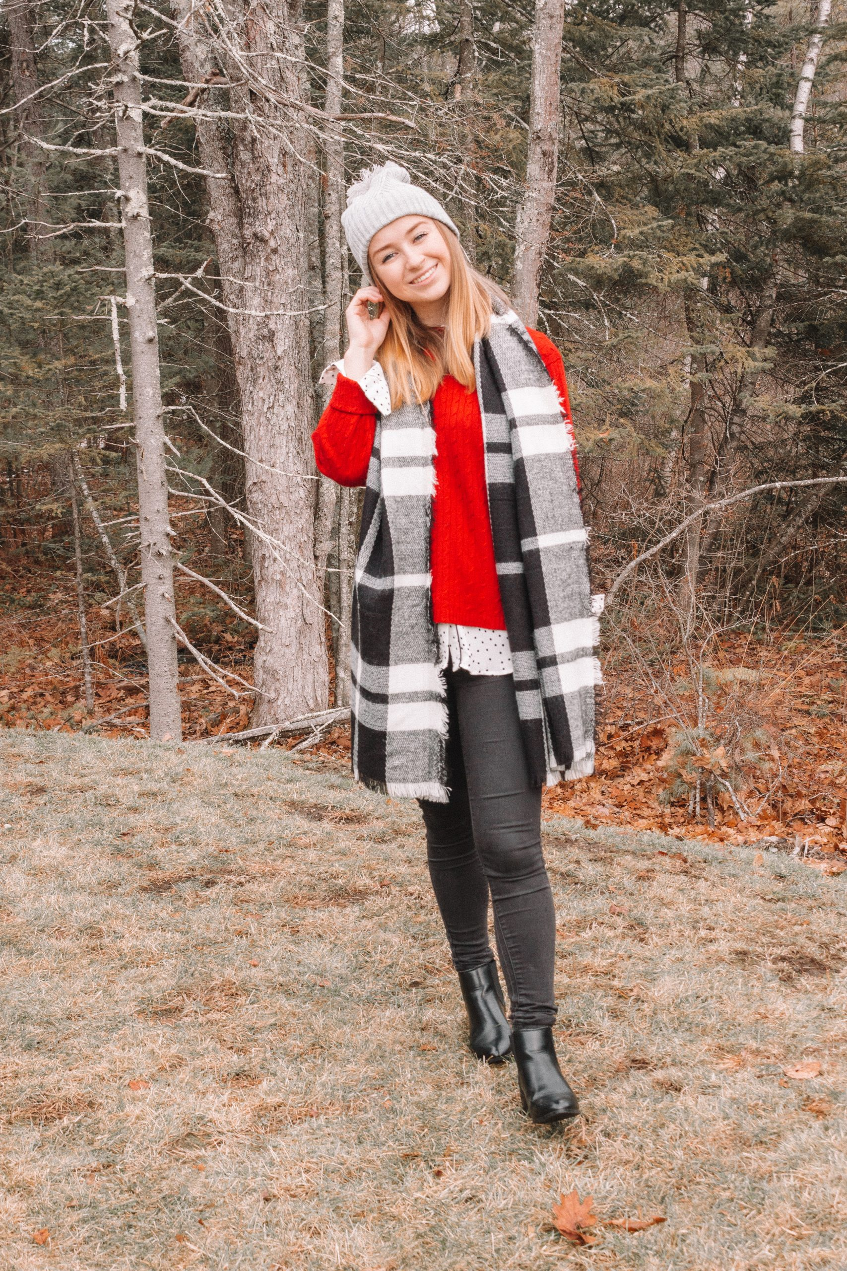 Casual Holiday Look: Plaid Scarves and Red Sweaters | Hey Its Camille Grey #holiday #casuallook #christmas #winter